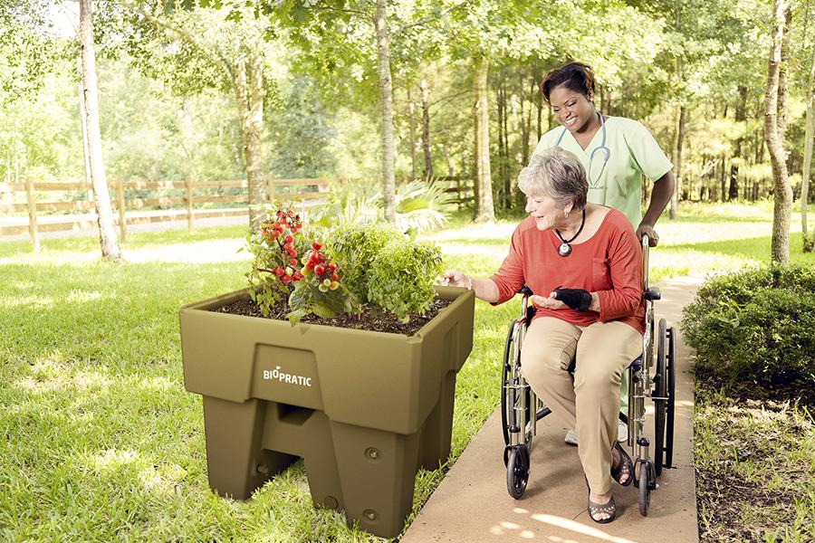 Jardiner assis